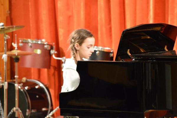 Gyáli Kodály Zoltán AMI, Gyál, növendékhangverseny, koncert, Kodály Zoltán, Bartók Béla, népzene, zeneiskola, művészeti iskola