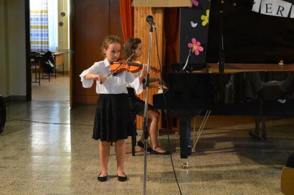 Kodály Zoltán AMI, Gyál, zeneiskola, Szabó Karola, hegedű, zongora