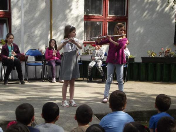 Kodály Zoltán AMI, Gyál - Hangszerbemutató a Liliom Óvodában